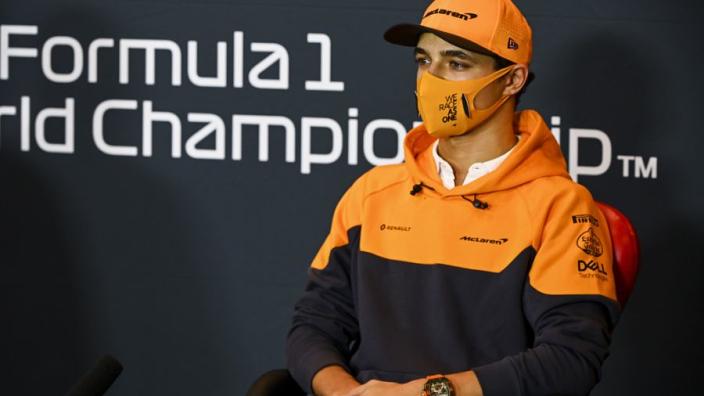 """Norris ziet Ricciardo worstelen: """"Het was zijn beslissing om naar McLaren te komen"""""""