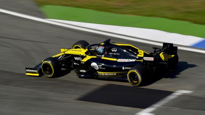 Ricciardo over Renault: 'Geen update tot ver na de zomer'