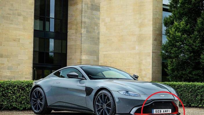 Aston Martin zet nieuwe bolide met opmerkelijke kentekenplaat klaar voor Vettel