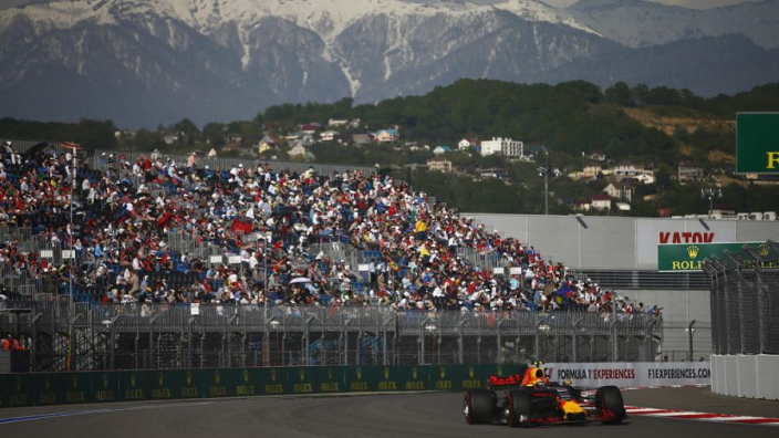 Zon en bewolking tijdens raceweekend Rusland