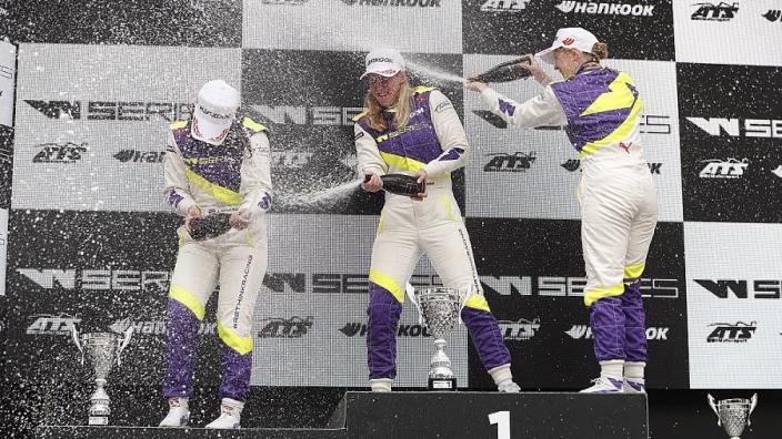 Williams stelt W Series-coureur aan als ontwikkelingscoureur