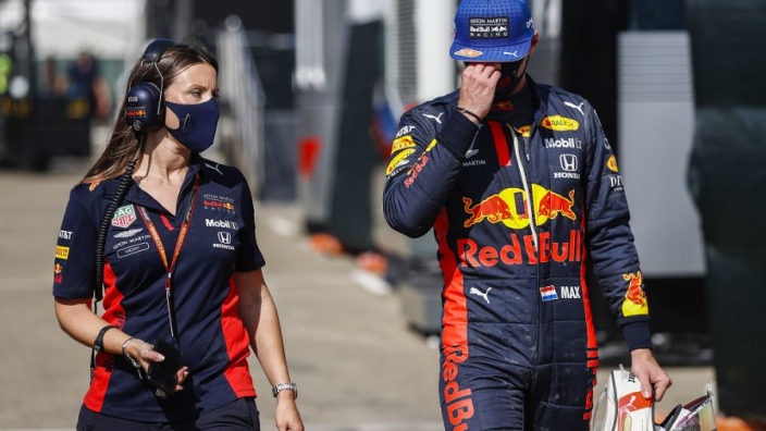 Carlos Sainz woest op Racing Point, Verstappen geeft de hoop op | GPFans Week-End