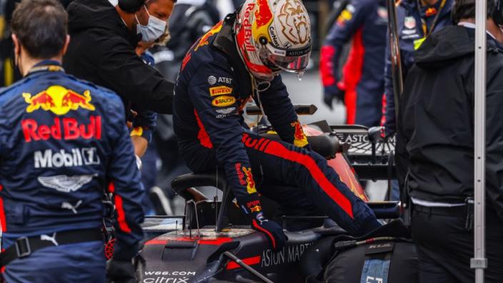 Waar moeten de helm en overall aan voldoen in de Formule 1? | Factchecker
