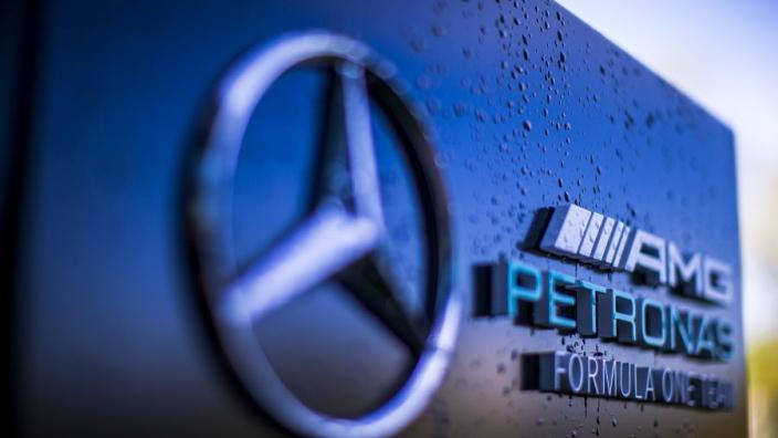 Ludieke EK-grap van Mercedes valt niet in de smaak: 'Denken jullie dat dit grappig is?'