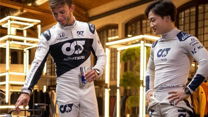 Gasly traint als een beest, Ricciardo proeft eigen wijn | Social Wall