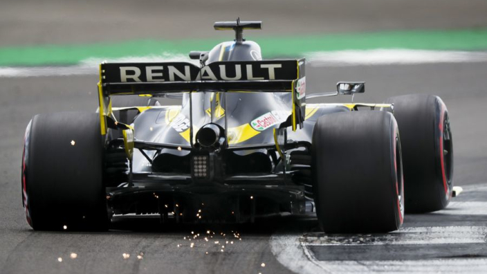 """Renault has """"potential"""" if it can improve in high-speed corners - Ricciardo"""
