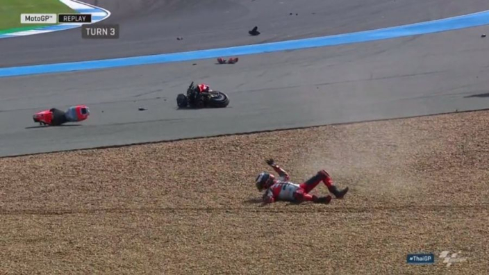 VIDEO: Lorenzo bike SNAPPED in crazy high-side