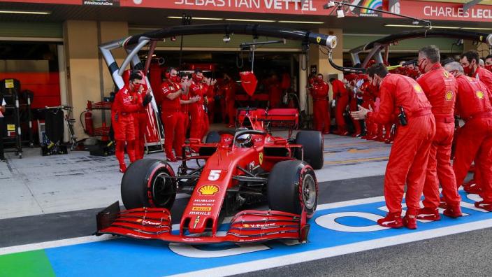 """Emotional"" Vettel felt tension as Ferrari mechanics ""waved goodbye"""