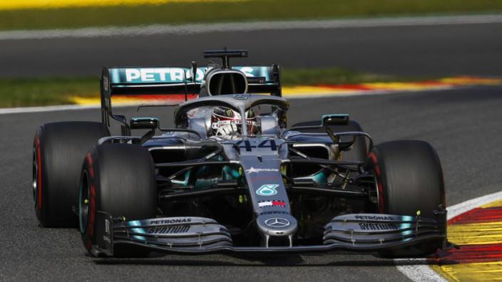Hamilton wants Ferrari, Red Bull fight in Singapore