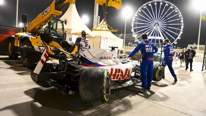 Mazepin 'beating himself up badly' after Bahrain error - Steiner