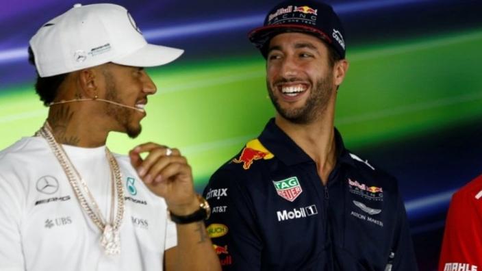 Christian Horner: 'Hamilton moet Ricciardo niet onderschatten'