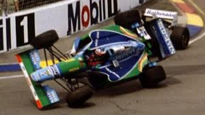 VIDEO: Schumacher wins first title after Hill collision