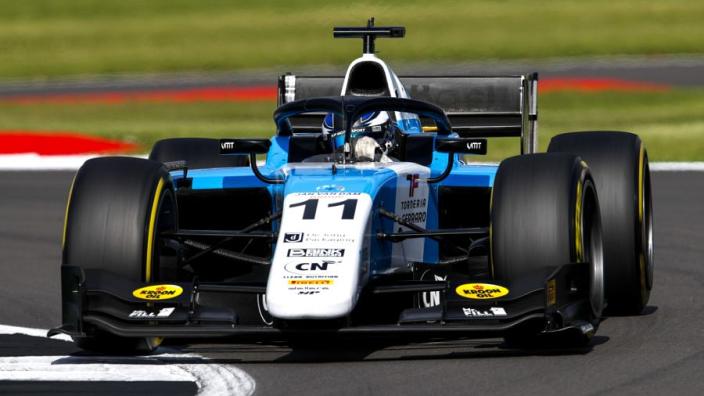 Formule 2: Verschoor mist podium na spectaculair gevecht in slotfase