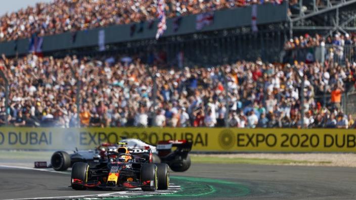 FIA neemt beslissing over Sergio Pérez na incident met Kimi Räikkönen