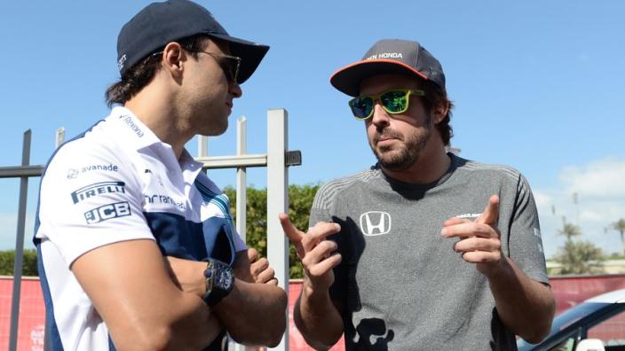 Massa sceptisch over terugkeer Alonso: 'Zijn leeftijd is een probleem'