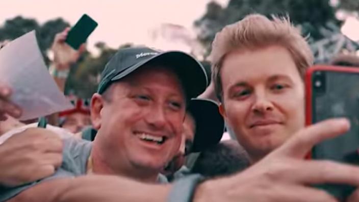 VIDEO: Zo beleefde Nico Rosberg de seizoensopener in Melbourne