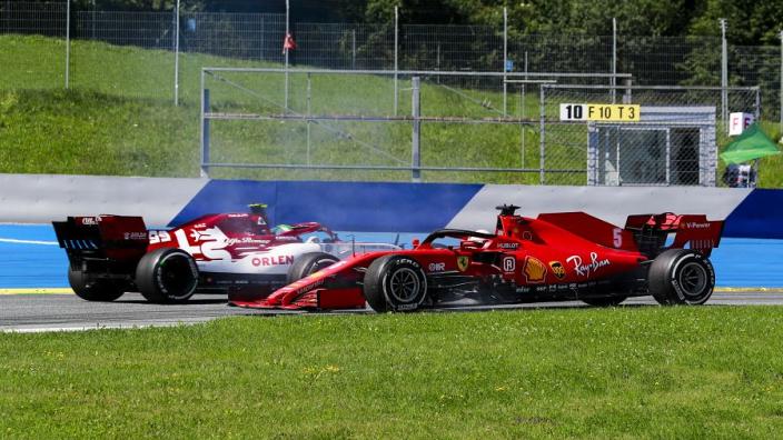"""Vettel: """"Ik was blij dat het slechts bij één spin bleef"""""""