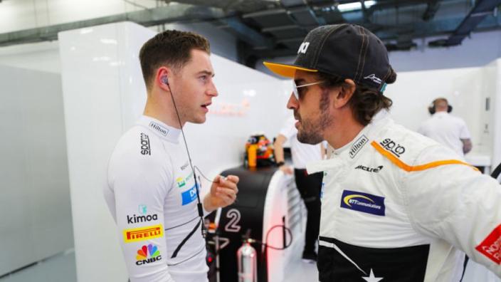 """Vandoorne over 'neppe F1-wereld': """"Alles verliep zoals Alonso dat wilde"""""""