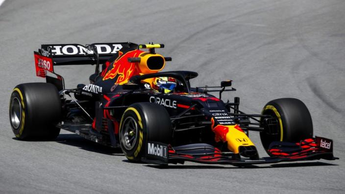 """Brundle: """"Bottas kan meer punten stelen van Verstappen dan Pérez van Hamilton"""""""