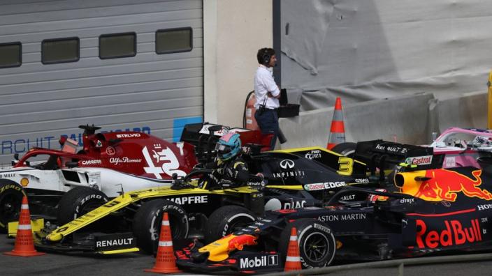 Gasly toch in de punten, dubbele tijdstraf voor Ricciardo