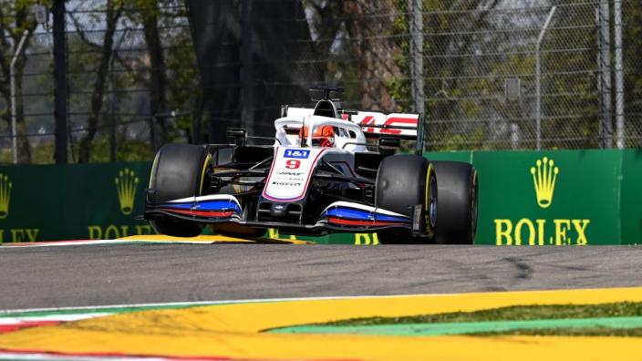 """Mazepin kan zich niet vinden in kritiek Giovinazzi: """"Ieder voor zich in de F1"""""""