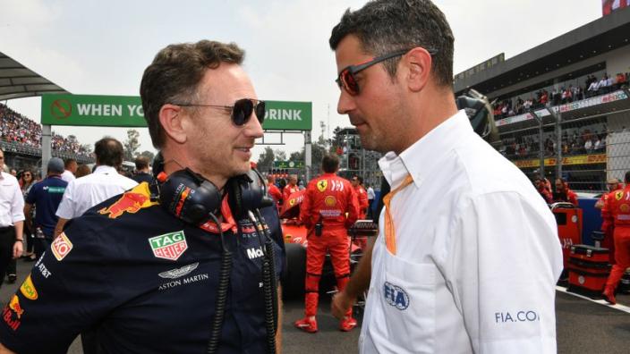 """Masi weerspreekt Horner over teruggeven plek Pérez: """"Nee, dat is onjuist"""""""