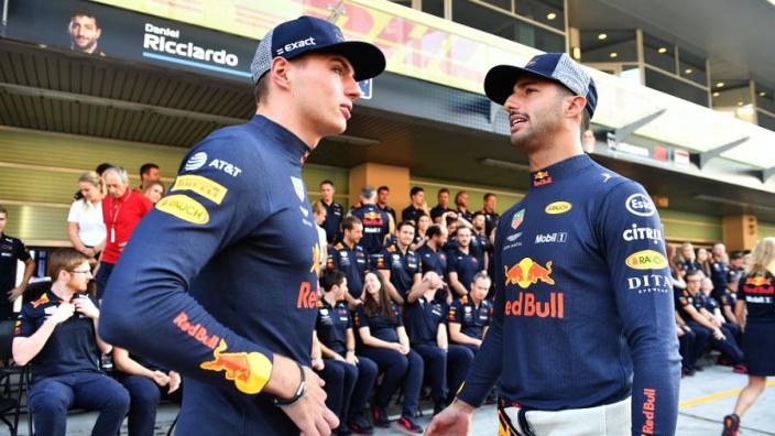 """Ricciardo blikt terug: """"Verstappen verslaan met gebroken hand voelde heerlijk"""""""