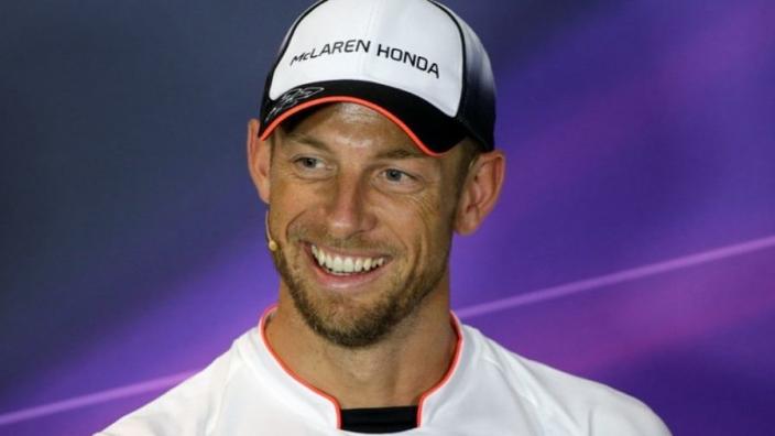 VIDEO: Een compilatie van en voor de jarige Jenson Button