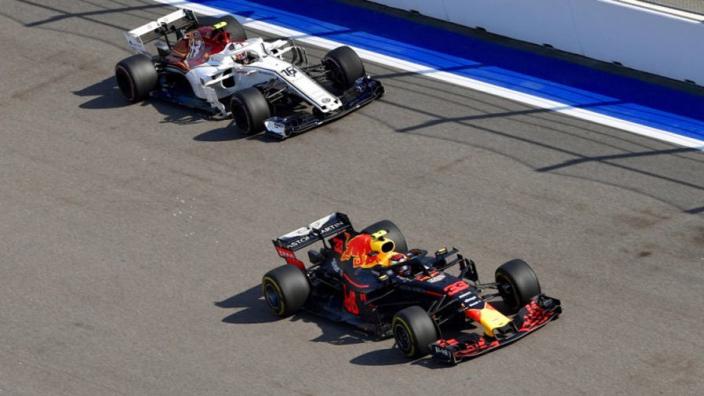 """Max Verstappen: """"In de toekomst worden wij zoals Hamilton en Vettel"""""""