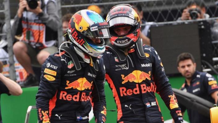 """Jos Verstappen: """"Max was geïrriteerd door reactie Ricciardo"""""""