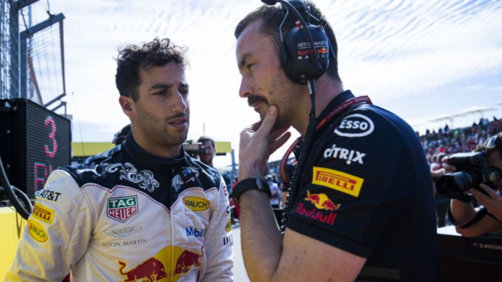 'Ironic' that Renault are failing Ricciardo - Horner