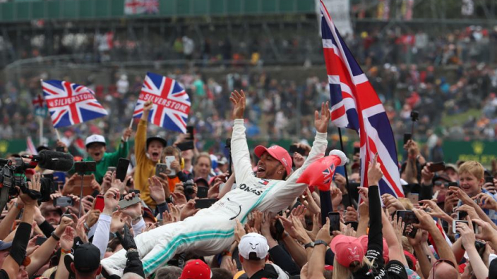 Hamilton praised for using his star status for the greater good