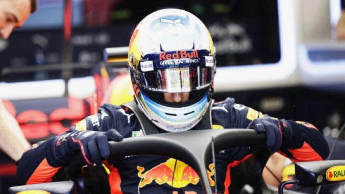Ricciardo kijkt uit naar Singapore: 'Wordt tijd dat ik er eens ga winnen'