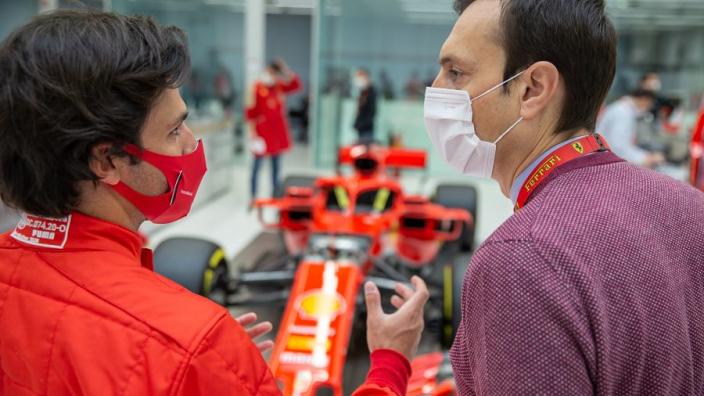 Ferrari luisterde alle boordradio's van Sainz af voor contractaanbod