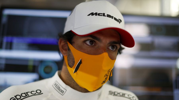 Sainz issued 'young driver' test warning by McLaren ahead of Ferrari move