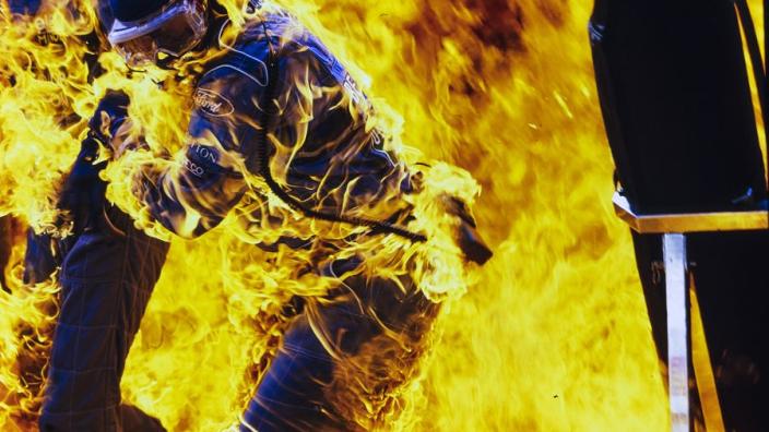 Vlammen in de Formule 1: de meest iconische foto's ooit geschoten