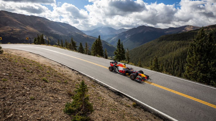 VIDEO: Verstappen takes on the Rocky Mountains