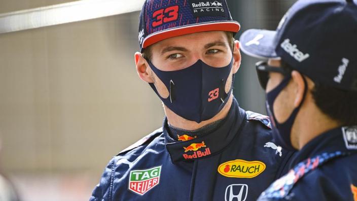 Verstappen verontschuldigde zich bij Perez voor Portugese Grand Prix 2020