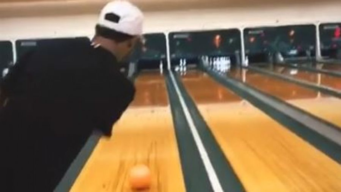 VIDEO: So... Lewis Hamilton is also awesome at bowling