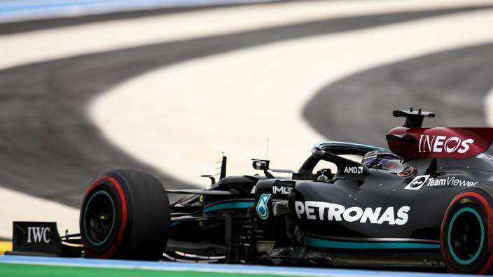 """Hamilton ziet kans om Verstappen te pakken in Frankrijk: """"We hebben de race in eigen handen"""""""