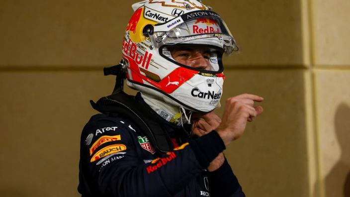Voormalig Formule 1-coureur wordt verrast met Red Bull-chocola