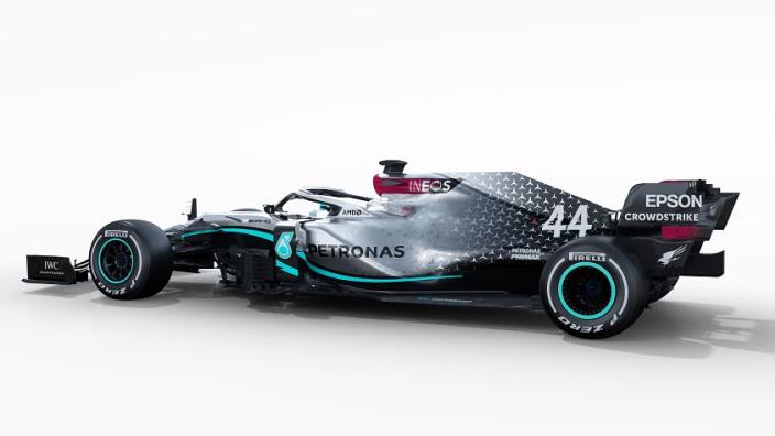 """Mercedes gaat voor andere aanpak: """"Geen nieuwe auto"""""""
