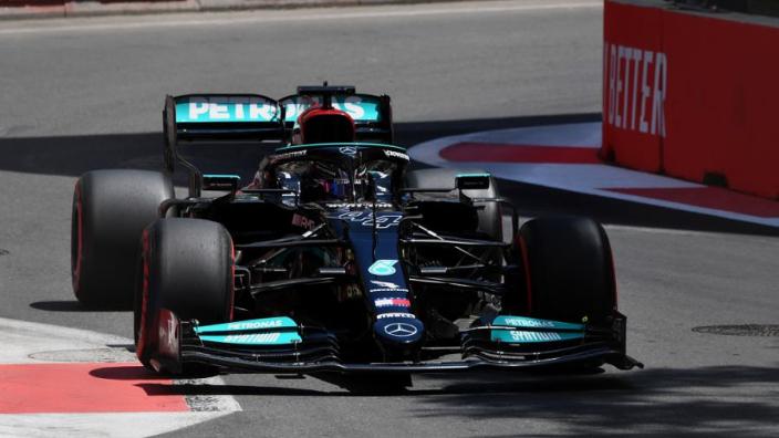 Wat is er aan de hand met de Mercedes-motoren in Bakoe?