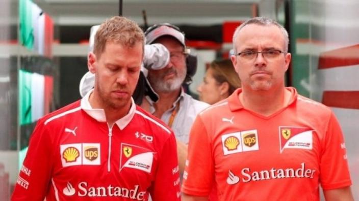 'Vettel verdient wereldtitel zo niet en FIA moet in spiegel kijken'