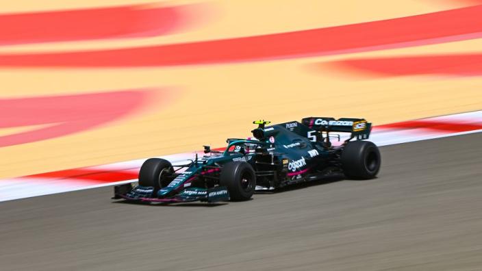 Aston Martin: 'De rijstijl van Vettel is veel minder extreem dan die van Perez'