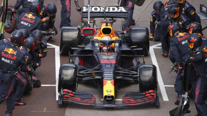 Horner over titelstrijd: 'Kwestie van tijd voor Mercedes terugslaat'