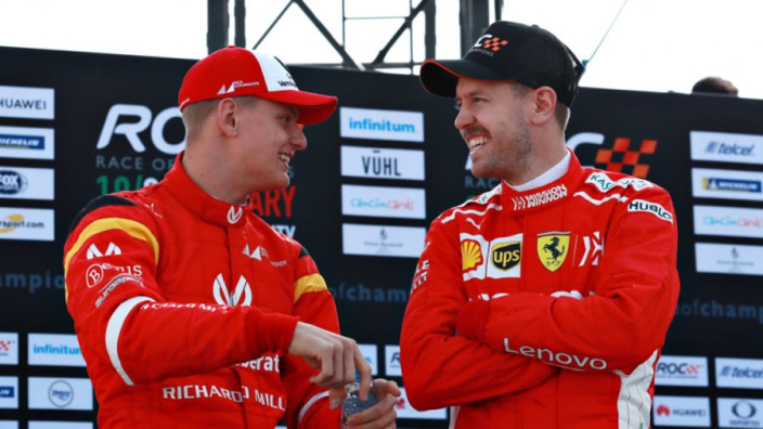Vettel: Schumacher can come to me any time