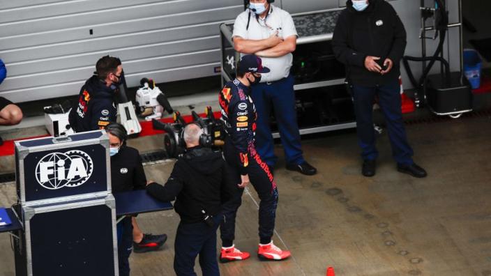 """Montoya geniet volop: """"En Verstappen en Hamilton zijn nog niet klaar met crashen!"""""""