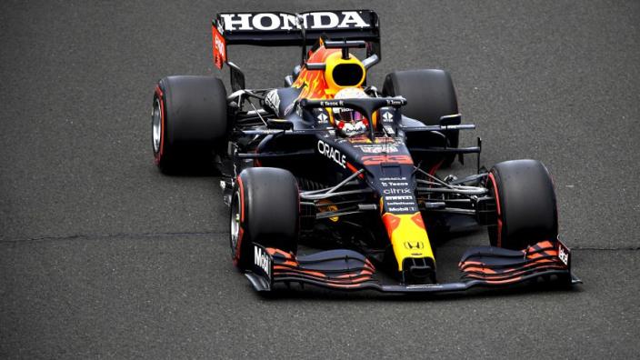 Marko verwacht gridstraf voor Verstappen door kapotte motor: 'Die was niet meer in te zetten'
