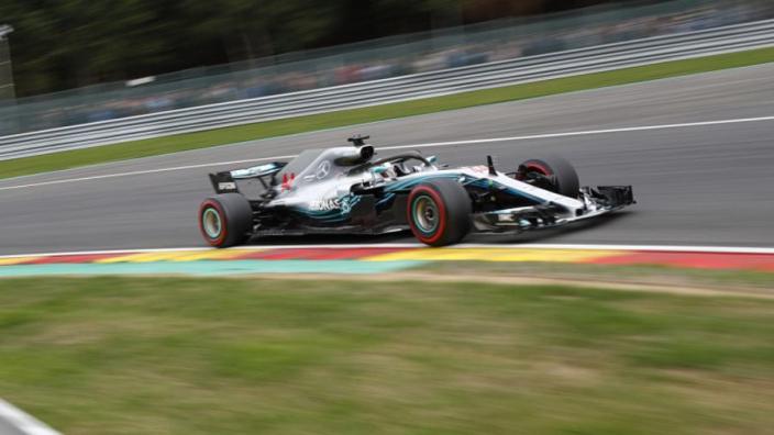 VIDÉO : Un tour (mouillé) de Spa-Francorchamps avec Hamilton